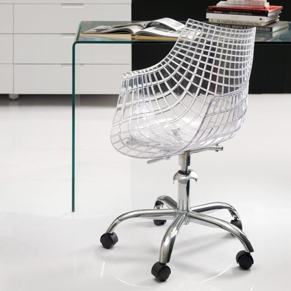 Silla transparente con ruedas for Sillas comodas para pc