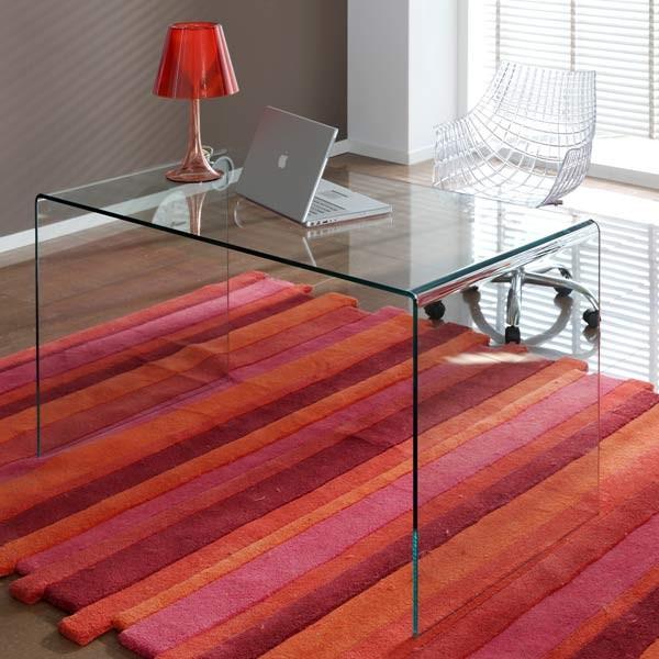 Decorar cuartos con manualidades consejos sobre mesas de - Mesas estudio cristal ...